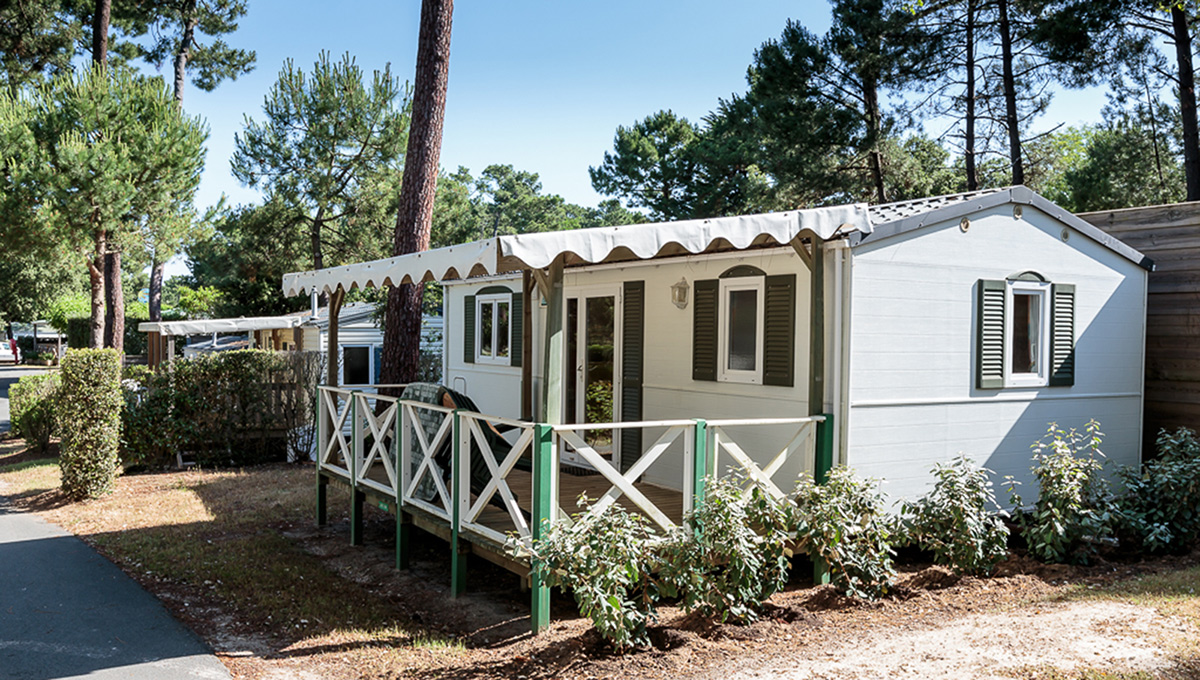 Mobile home 2 bedrooms 5 people - 5-star campsite in Charente-Maritime